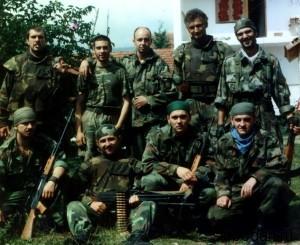 kosare padobranci srbija vojska 600x490 300x245 Борьба за Косово: сражение при Кошаре